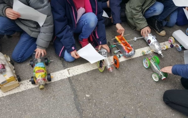 Das große Rennen zum Thema Fahrzeuge in den 2.Klassen fand heute statt
