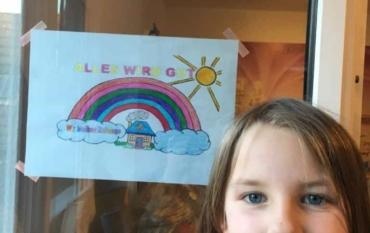 """Regenbogen als Zeichen des Zusammenhalts: """"Alles wird gut!"""" – Die ELMARs halten zusammen!"""